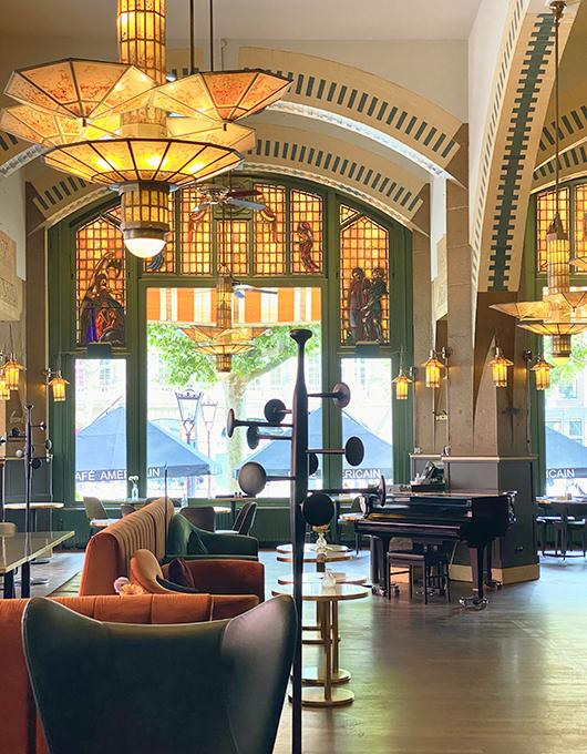 Art Deco interior of American Hotel Bar