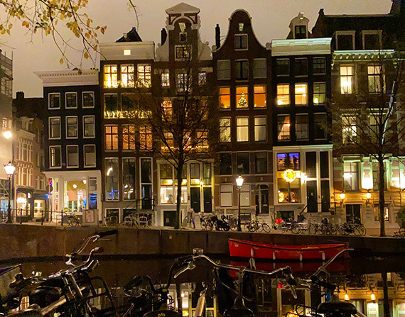 Voyeurism in Amsterdam: a peep show behind Dutch curtains