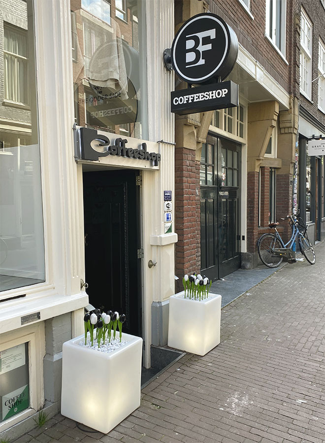 Entrance of the coffeeshop Best Friend in Amsterdam