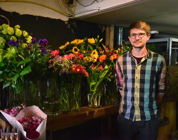 Dennis Lanzaat: conheça o nerd das flores que está mudando o aprendizado da botânica em Amsterdã