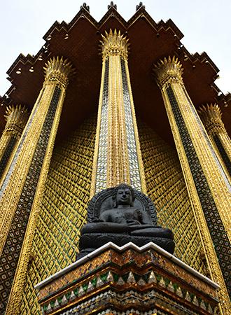 Estátua de Buda no Grande Templo em Bangkok
