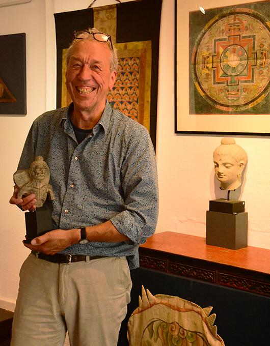 Tibetologist Sjoerd de Vries gallery Astamangala Amsterdam