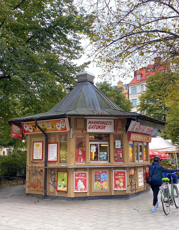 The typical Gatukök kiosk in Stockholm