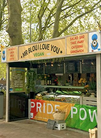 Fachada do quiosque Mr Blou I Love You em Amsterdam