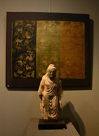 Exposição antiguidades estátua Buda em Amsterdam