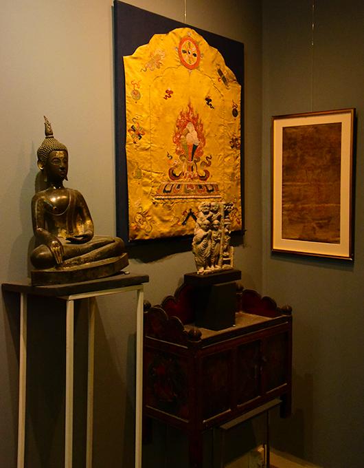 Estátua de Buda na galeria Astamangala Amsterdam