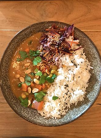 Curry no restaurant Soil em Amsterdam