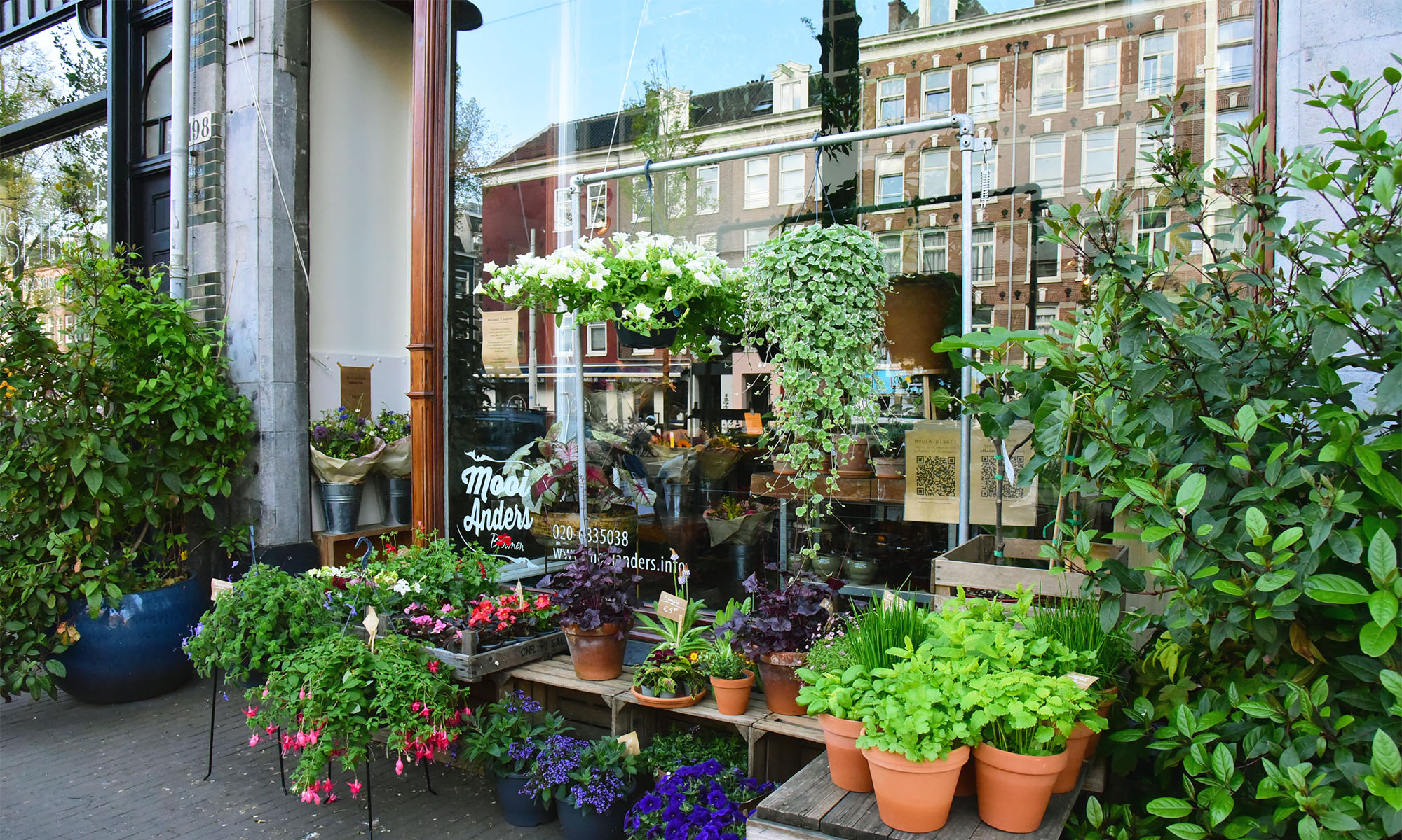 Façade of the flower shop Mooi Anders in Amsterdam